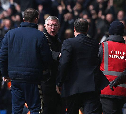 Chelsea v Man United: Ferguson and Benitez