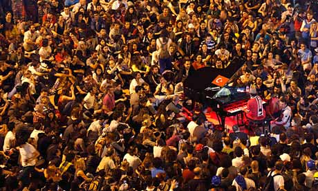 German pianist Davide Martello entertains protesters in Taksim Square
