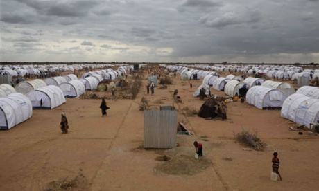 Somalis arrive at the Dadaab refugee camp.