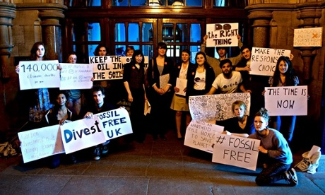 Divest and Fossil free student campaign in Glasgow