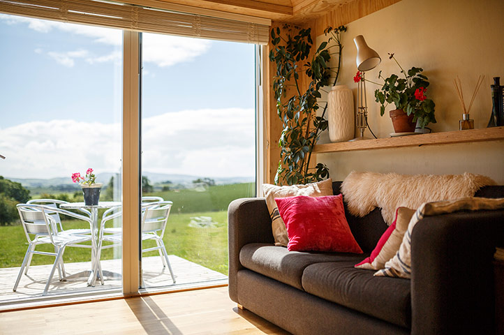 Cool Cottages DumfriesGal: Brocklock Bothy int