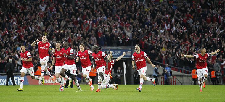FA Cup semi: Arsenal players run to celebrate