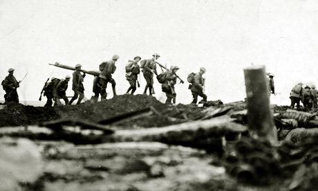 Le truppe irlandesi al servizio con l'esercito britannico sul fronte occidentale in Francia intorno al 1917