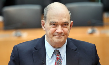 William Binney testifies before a German inquiry into surveillance.