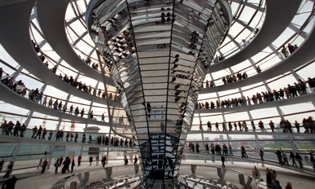 New Reichstag Building is praised for its energy efficiency; Photo:Wolfgang Kumm/EPA