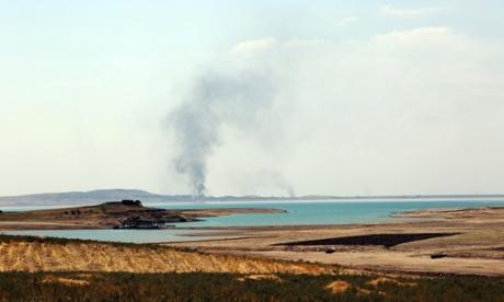 Mosul dam Isis airstrikes