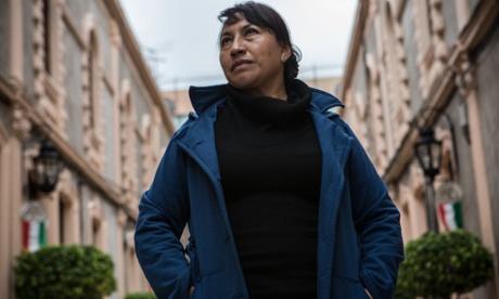 María Llanos: 'Yo he estado trabajando como doméstica durante 35 años y las cosas son más o menos iguales.'