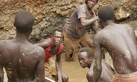 Gold miners in the Democratic Republic of the Congo