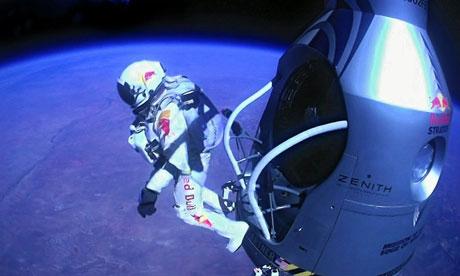https://i1.wp.com/static.guim.co.uk/sys-images/Media/Pix/pictures/2012/10/15/1350303506323/Felix-Baumgartner-jump-008.jpg