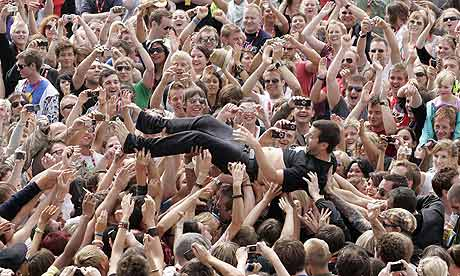 Mike Skinner of the Streets crowdsurfing