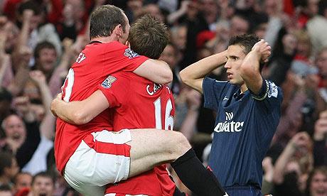 https://i1.wp.com/static.guim.co.uk/sys-images/Sport/Pix/pictures/2009/8/30/1251639739640/Wayne-Rooney-and-Robin-va-001.jpg