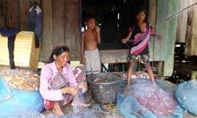 Village life on Koh Sra Lau.