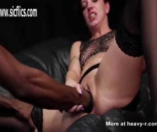 Bootylicious Black Gets Fucked And Squirts Xvideoscom