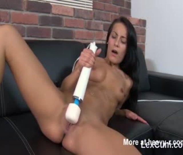 Cumming With Magic Wand