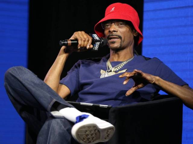 """Snoop Dogg Says Top Dawg Entertainment Is """"A Better Version"""" Of Death Row Records"""