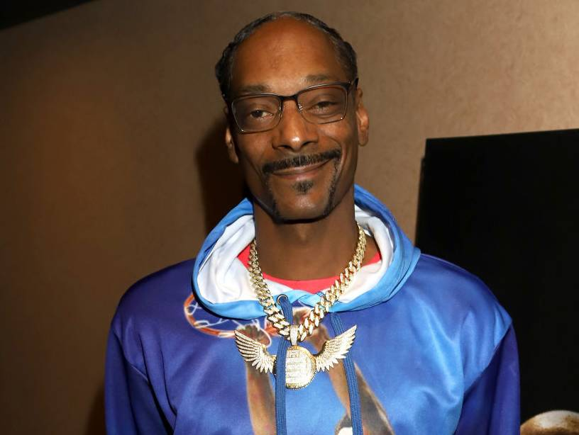 Snoop Dogg Issues Public Apology To Gayle King: 'Had A Talk With My Momma'  | HipHopDX