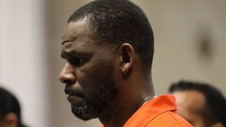 R. Kelly Accuses Prison Security Guards Of Instigating Violent Attack From Latin King Gang Member