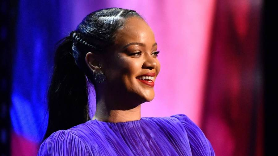 Rihanna Album Talk Heats Up After She's Spotted In Los Angeles Filming Alleged Music Video