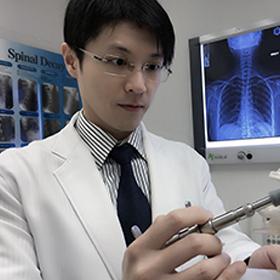 王俊華脊醫:放鬆頸椎肌肉減頭痛 -- LifeStyle Journal 優雅生活