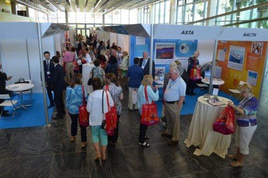 ASTA demonstrează că a apela la un agent de turism economisește timp și bani