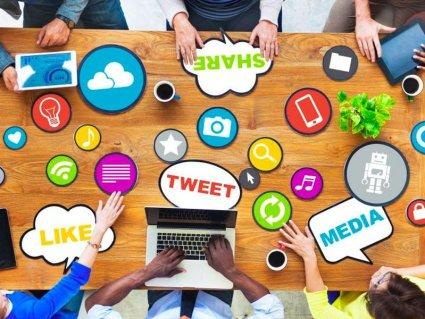 Saturația de informații în care se mișcă utilziatorul la nivel online determină piața să propună soluții prin intermediul Social Media Marketing.