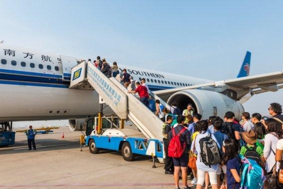 Un total de 129 de milioane de chinezi au calatoriti în străinătate în 2017.
