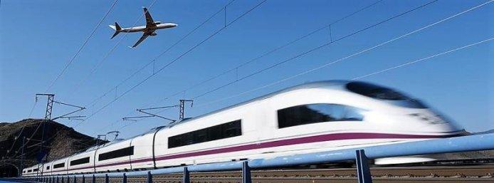Europa progresează spre călătorii între mai multe transporturi cu un singur clic