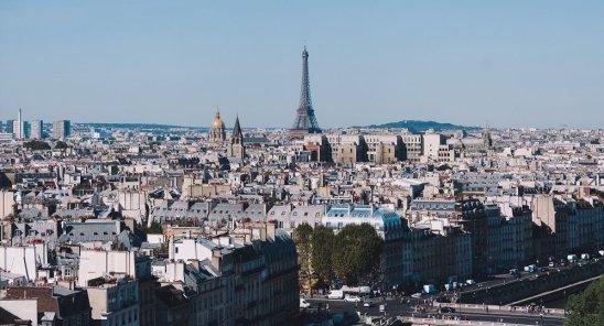 Primăria Parisului dorește să limiteze închirierile de locuințe turistice la un maxim de 30 de zile pe an.