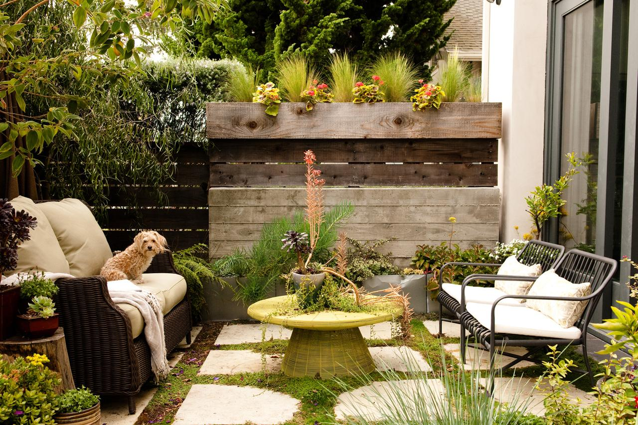 Small Backyard Ideas | How To Make a Small Space Look Bigger on Cheap Backyard Ideas For Small Yards id=52386