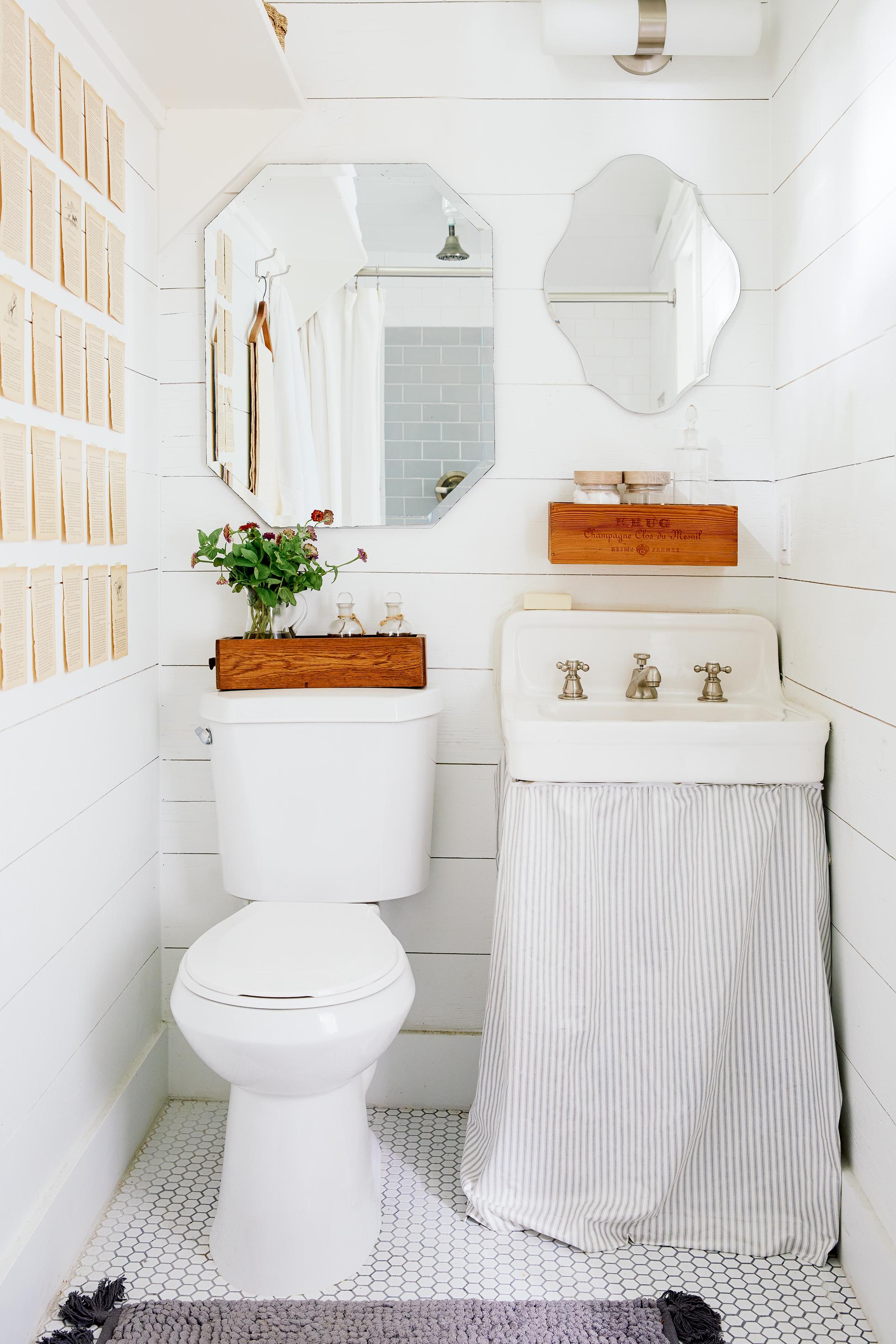 bathroom storage ideas tiny bathroom