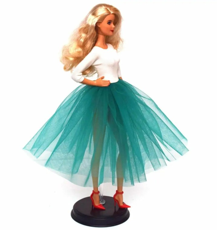 Barbie Dress with Tulle Skirt - Free Sewing Pattern