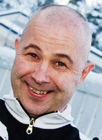 SIG-yhtyeestä tunnettu Matti Inkinen kiistää syyllistyneensä lapsipornon levitykseen, kertoo.