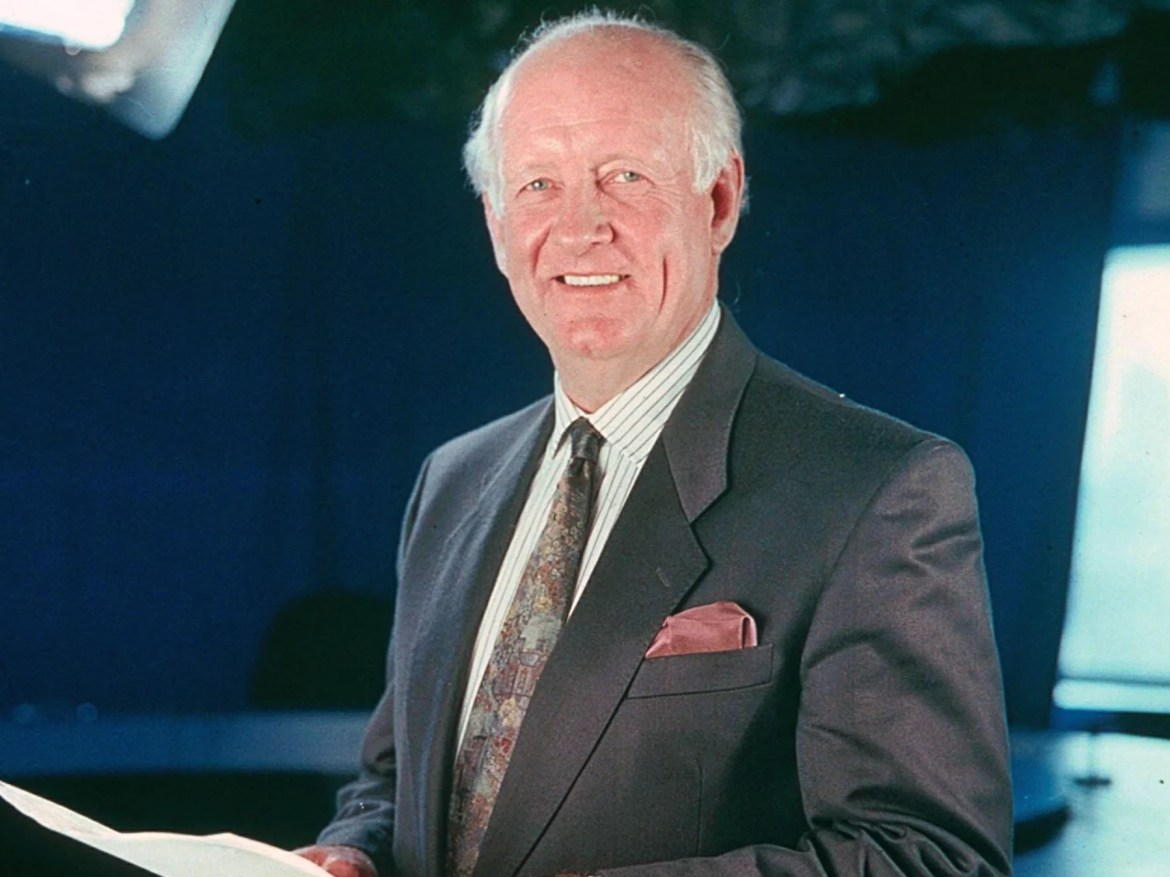 Frank Bough: BBC TV presenter dies aged 87 | The Independent