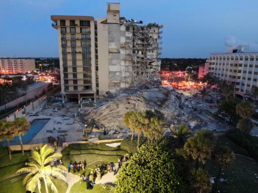 Florida building collapse live: Mayor warns rest of Miami structure could crumble 2