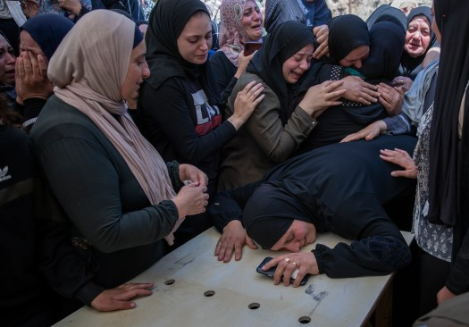 Palestinians, Israeli troops clash after West Bank funeral West Bank Palestinian Israeli Jerusalem Palestinians 2
