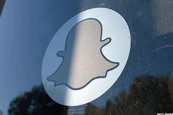 Snapchat shares plunge 17% as losses deepen amid ...