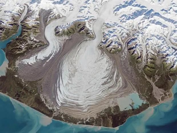 web-alaska-glacier-corbis.jpg