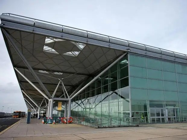 3-stansted-airport.jpg