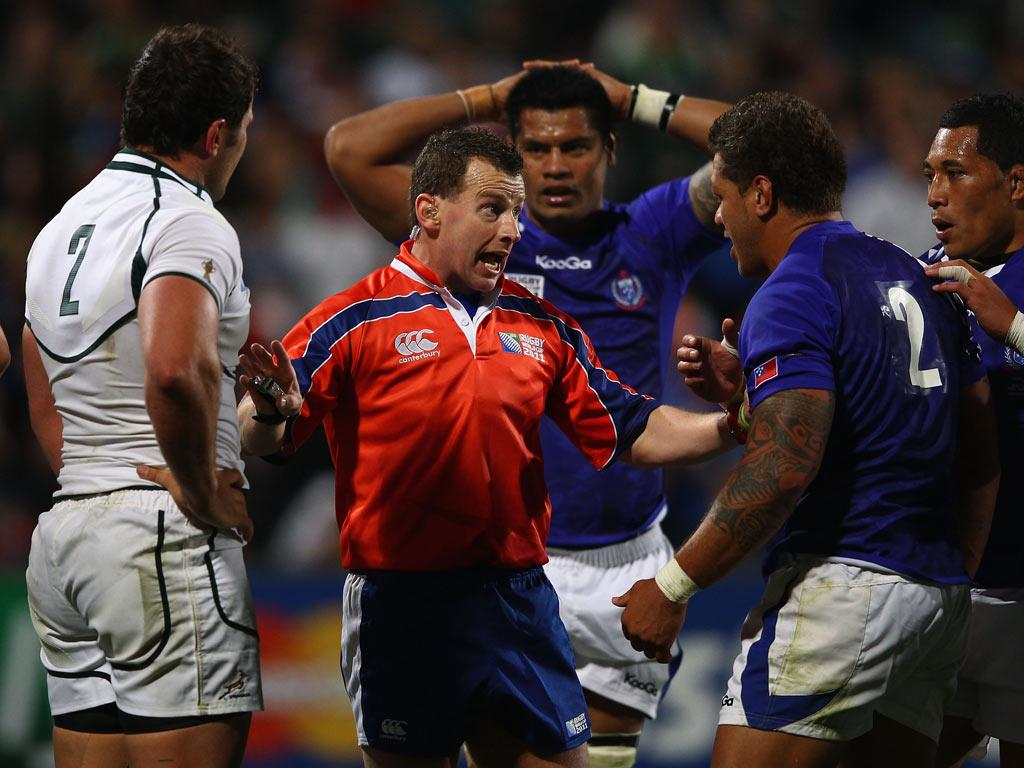 <b>2 OCTOBER</b><br/> Samoa's Eliota Fuimaono-Sapolu is mouthing off once more, and this time referee Nigel Owens is the subject of his ire. The Gloucester centre accused Welshman Owens of racism and bias during the 13-5 defeat to South Africa, during whi