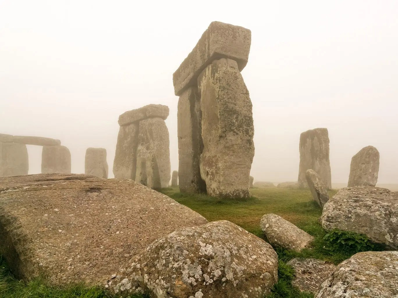 A huge set of Sarston stones that make up Stonehenge