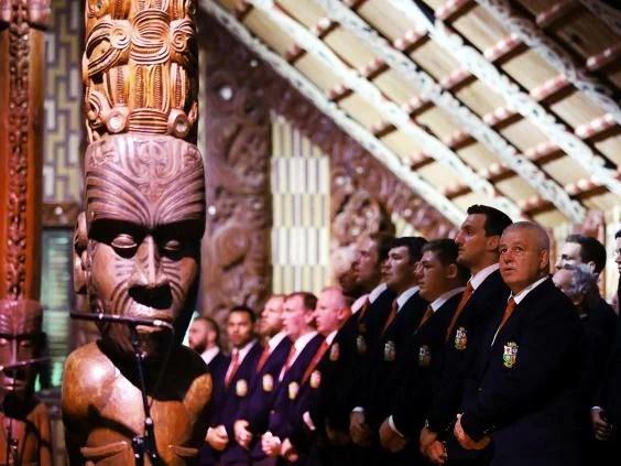 lions-ceremony.jpg