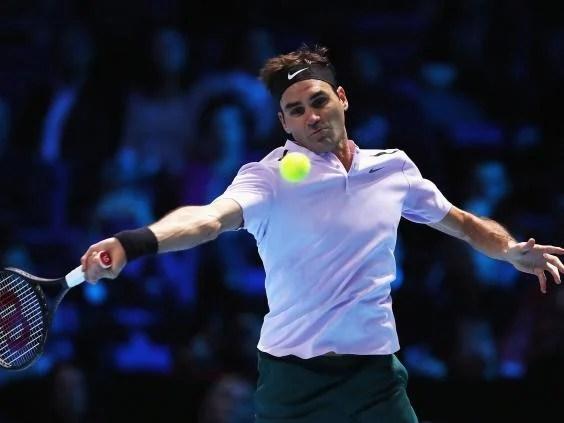roger federer - Roger Federer fights back against Marin Cilic to extend winning streak