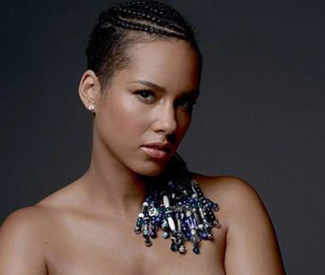 Alicia Keys Leaks Own Nude Photo To Create A Kinder And More