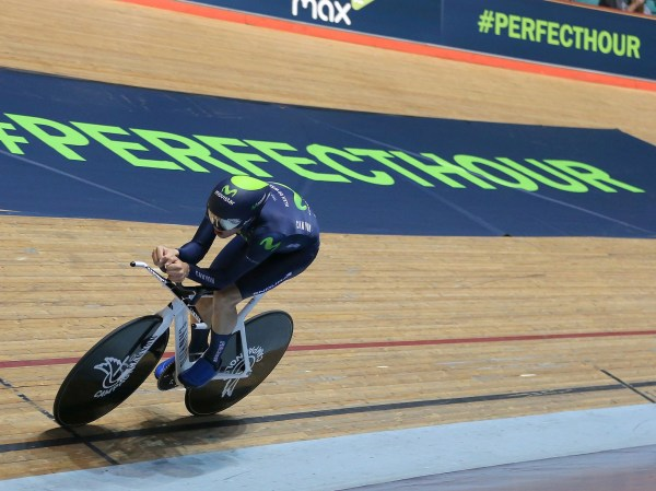 hour record keep up to date with the most prestigious - HD 2048×1536