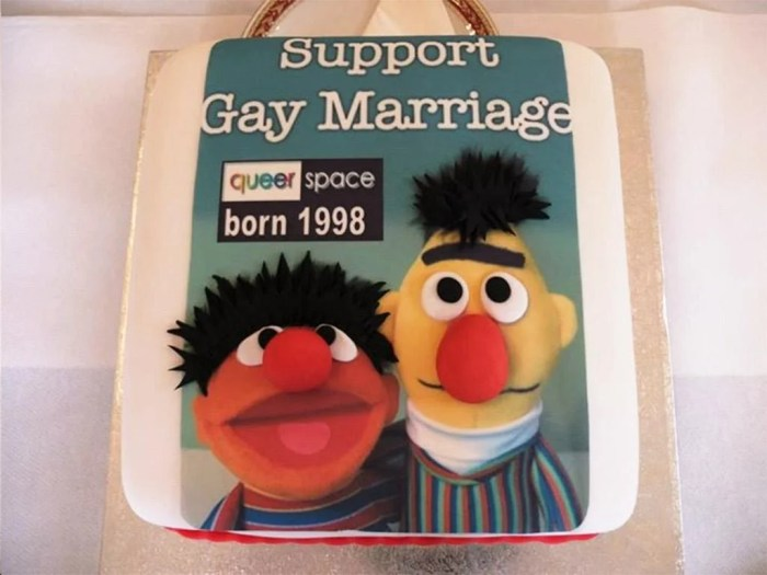 Cake with the message that support gay marriage