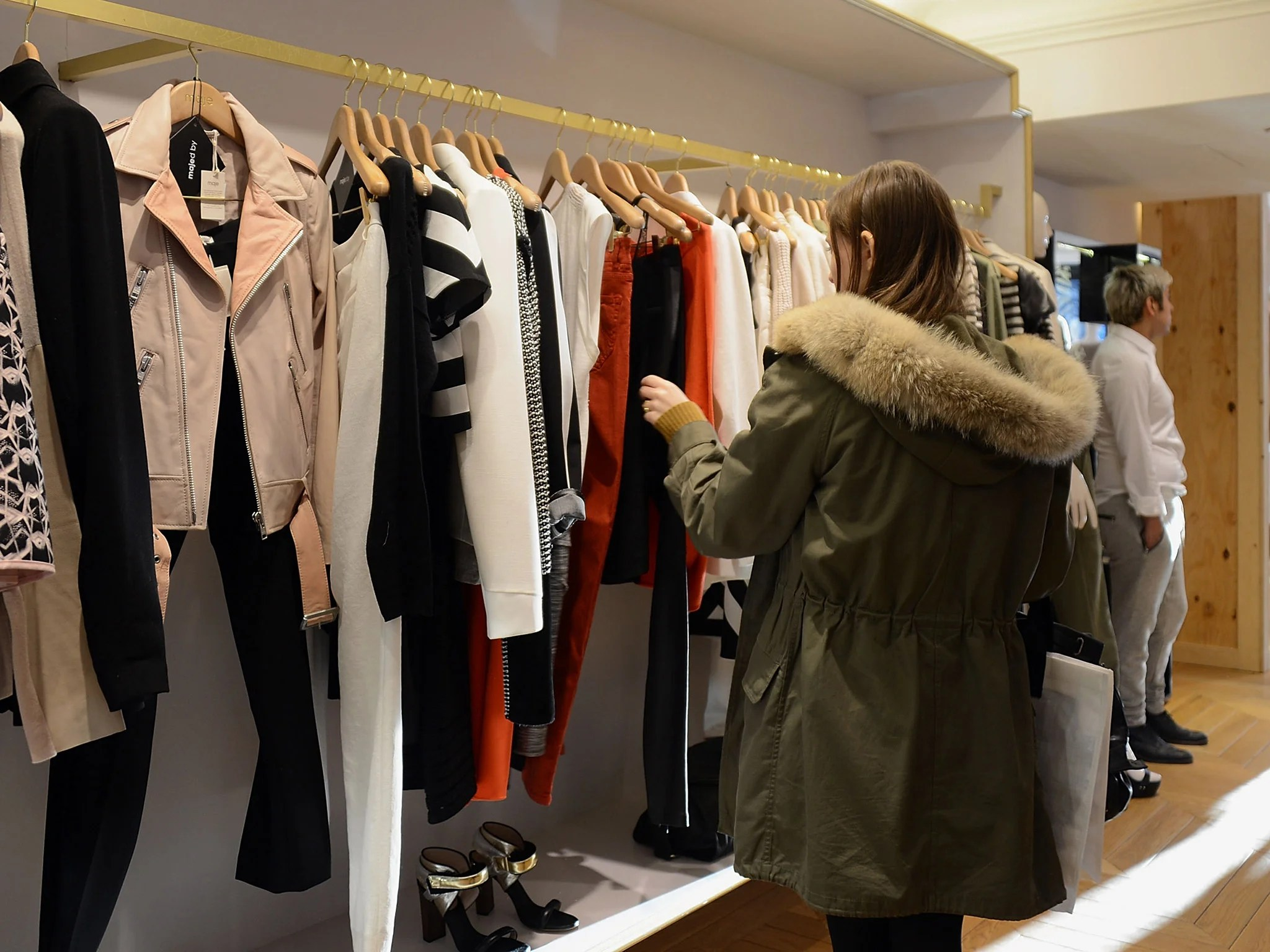 Clothing Rental New Subscription Service Allows Customers