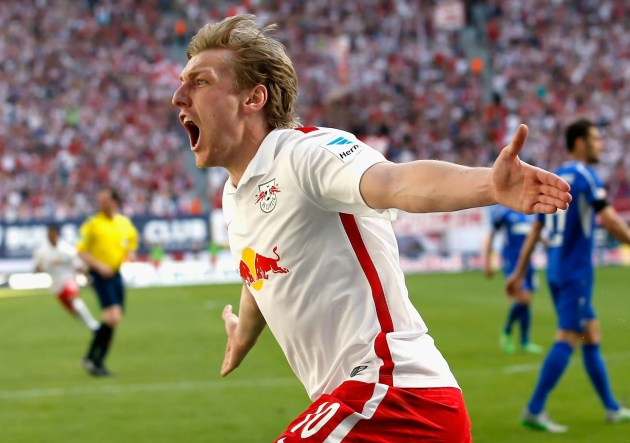 Emil Forsberg che esulta dopo un gol con la maglia del Lipsia