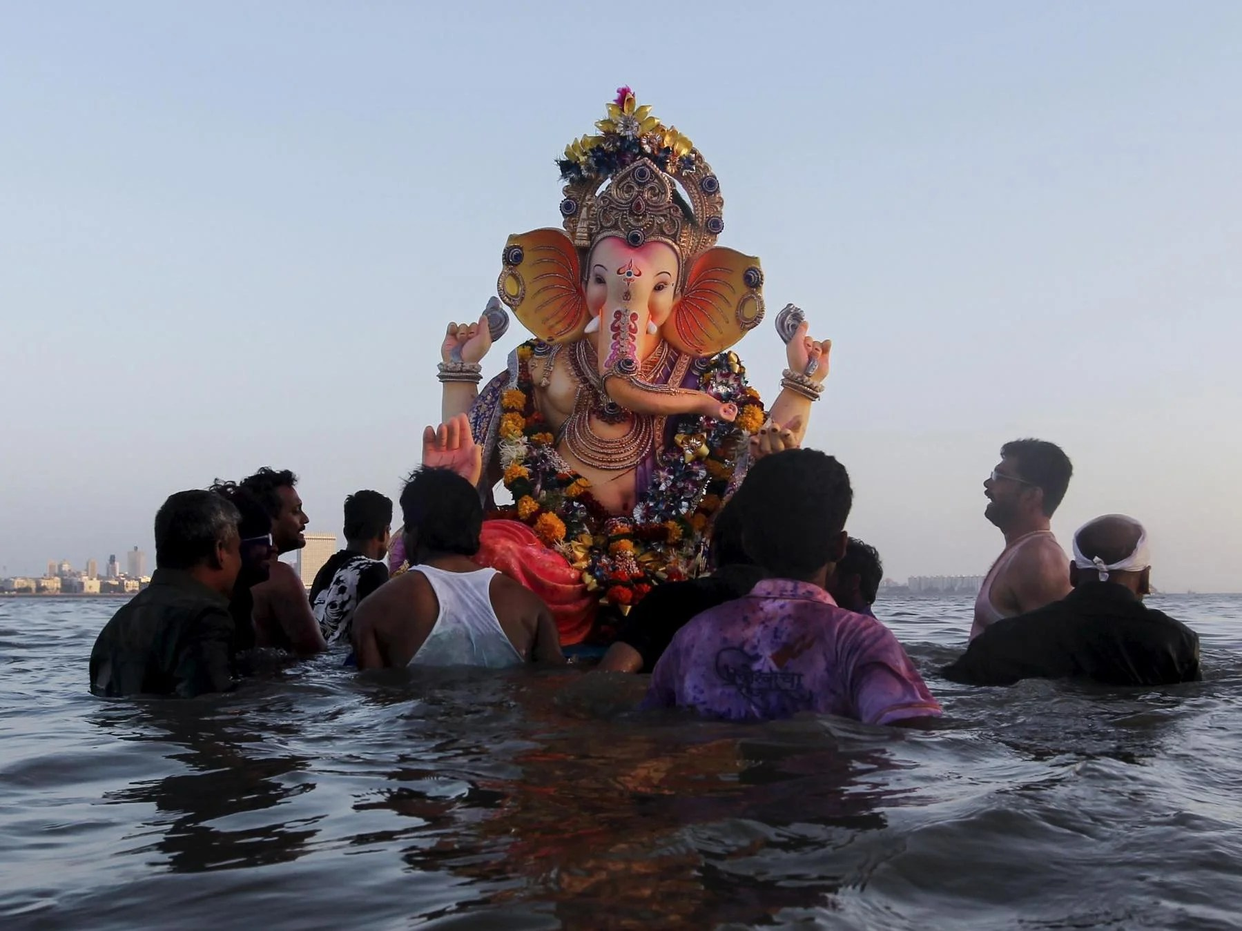 Ganesh Chaturthi What Is The Hindu Festival Celebrating The Elephant Headed God Ganesha The Independent The Independent