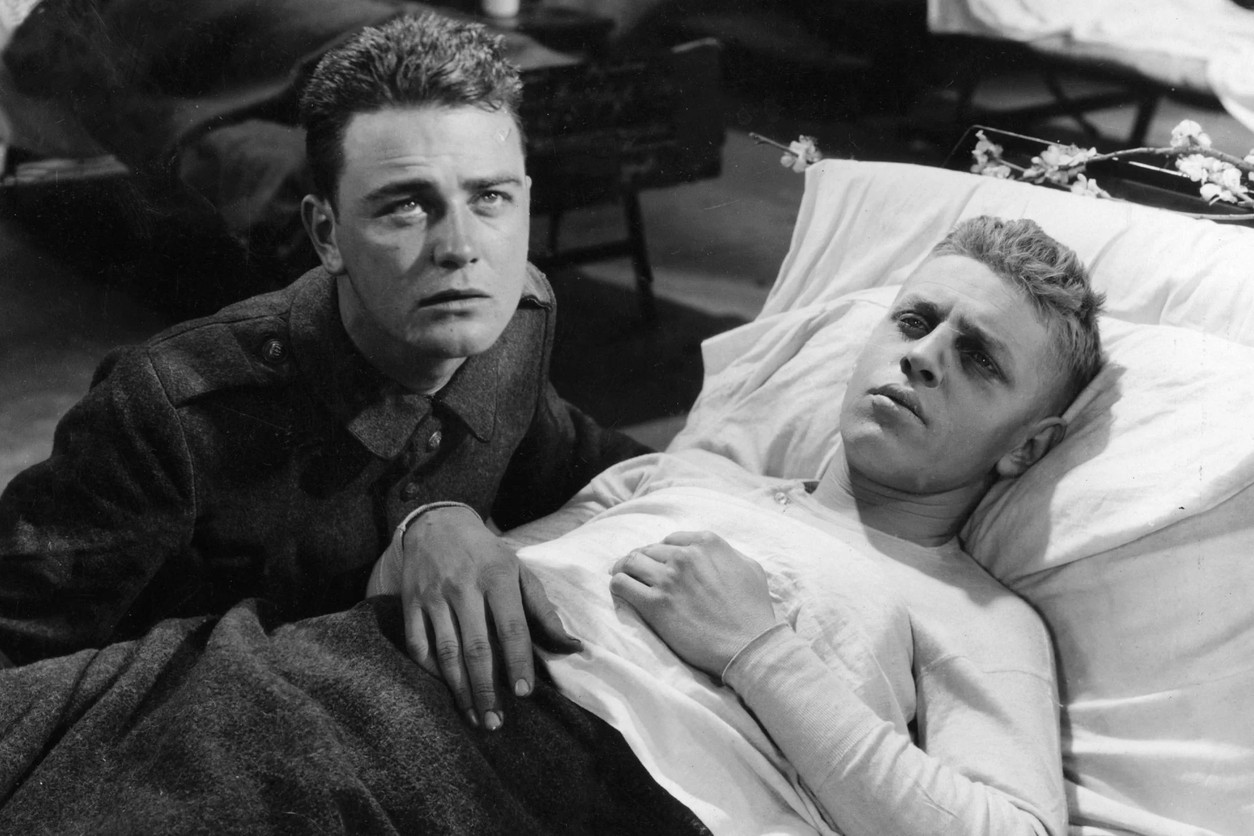 Lew Ayres and Ben Alexander in All Quiet On The Western Front (1930)