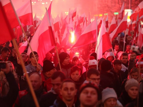 Poland's leaders join far-right groups on independence ...